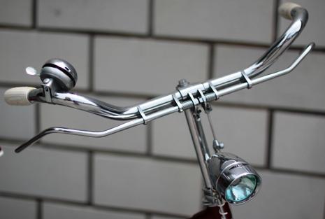 ハミの自転車はロッドブレーキ ...