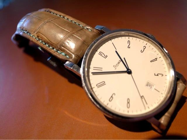 official photos f0348 bc921 時計はやはり革ベルトが良いと思っている - ル・ボナーの一日